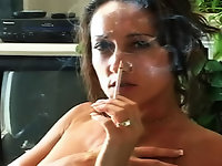 Experienced Smoking Whore Michelle