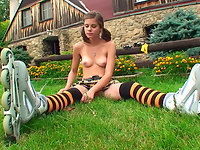 Shocking video of naughty teen Caprice rollerskating outside absolutly naked!